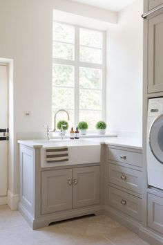 Therefore, providing a laundry room sink ideas will helps us to maximise our cleaning activity and the use of the room itself. Laundry Room Utility Sink, Mudroom Laundry Room, Farmhouse Laundry Room, Small Laundry Rooms, Laundry Room Organization, Farmhouse Style, Country Style, French Country, Country Laundry Rooms