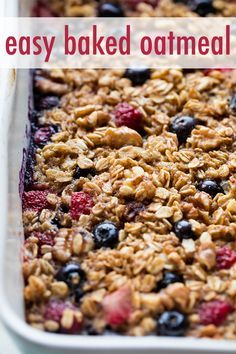 Baked oatmeal is bread pudding for breakfast! Made with a handful of healthy ing. - Baked oatmeal is bread pudding for breakfast! Made with a handful of healthy ingredients, this easy - Healthy Oatmeal Recipes, Healthy Baking, Healthy Food, Healthy Brunch, Breakfast Healthy, Filipino Breakfast, Healthy Heart, Oats Recipes, Healthy Breakfasts