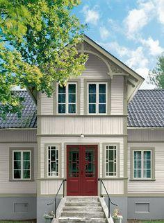 På bilderna har jag använt mig av den gula färgen 402 Houngsgul men i… Swedish Cottage, Swedish House, Nordic Home, Scandinavian Home, Style At Home, Exterior Design, Interior And Exterior, This Old House, Home Focus