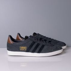 NEW adidas Originals Gazelle 2 J Shoes Children Trainers Black