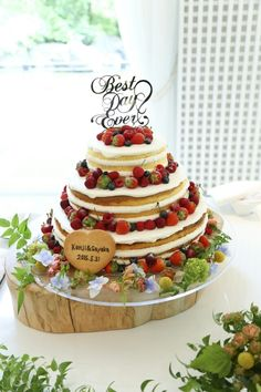 Cute Cakes, I Foods, Vanilla Cake, Chocolate Cake, Diy And Crafts, Wedding Cakes, Strawberry, Favorite Recipes, Table Decorations