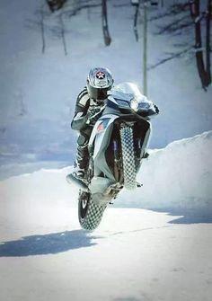 International Motorcycle Shows. Riding on snow is some crazy cool shit. Suzuki Gsx R, Racing Motorcycles, Motorcycle Bike, Motorcycle Posters, Valentino Rossi, Ducati, Yamaha, Custom Sport Bikes, Gsxr 1000