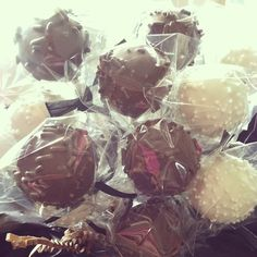 cake pops! #death by #chocolate and #classic #white #pops are #whereitsat. #simple yet #sensational. #justright #letthemeatcake www.cakeballers.com #thecakeballers #cakeballer #cakeballers #bouquets #baller #eatyourheartout #eatmorecakepops