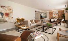Situada en la Torre de Madrid, la decoración de esta casa, llevada a cabo por la  interiorista Marisa Gallo, apuesta por estancias abiertas y por la mezcla de materiales nobles con elementos industriales, que dotan de singularidad y sofisticación a los espacios.