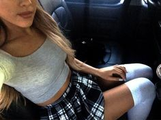 Ariana Grande's style. Super cute, preppy girl outfit.