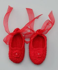 {Hug Me First Red Crochet Ribbon Booties} Not sure these would stay on well, but love the ribbons.