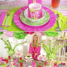 a razzle-dazzle fusion of food and home-fashion Sandra Lee Tablescapes, 6th Birthday Parties, Birthday Cake, Semi Homemade, Food Network Recipes, Pink And Green, 4th Of July, Centerpieces, Table Settings