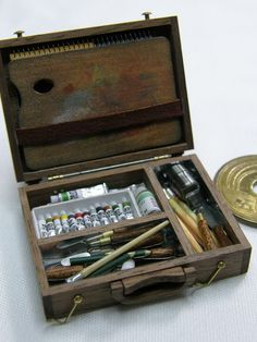 Hinazo Miniature artists' box detail, so precise