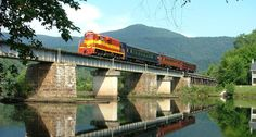 New Rail Excursion Winds Through the Beautiful East Tennessee Mountains  - CountryLiving.com