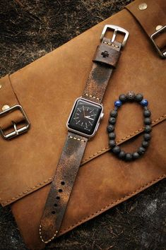 "Vintage Watches - There is a need for ""good guys"" to man up and show the way for the next generation. Young men need a narrative that they can connect with. They need role models and exemplars that can portray a positi Distressed Leather, Vintage Leather, Crea Cuir, Apple Watch 42mm, Apple Watch Men, Apple Watch Leather Band, Apple Watch Bands Mens, Apple Watch Fashion, Leather Accessories"