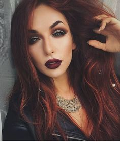 Anyone ready for fall? ✋ we are  @withlove.nadia rocks this gorgeous vampy look with our 35T and 12S palettes. We ♥️ her. #morphebabe #teammorphe #morphebrushes #morphemotd #motd #vampymakeup #
