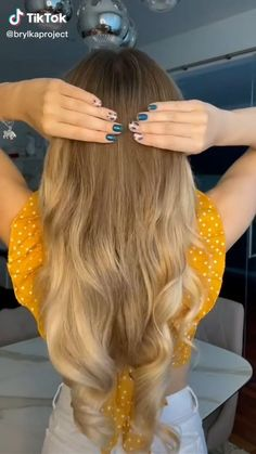 Hairdo For Long Hair, Easy Hairstyles For Long Hair, Diy Hairstyles, Hair Updo, Birthday Hairstyles, Medium Hair Styles, Curly Hair Styles, Hair Upstyles, Hair Inspiration