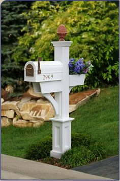 Mailboxes and Mailbox Posts Mailboxes and Mailbox Posts Mailbox Garden, Diy Mailbox, Mailbox Landscaping, Mailbox Post, Mailbox Ideas, Landscaping Tips, Yard Edging, Mailbox Makeover, Small Cottage Homes