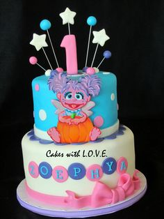 Abby Caddaby - So excited to do this cake, did her babyshower and got to do her first birthday :) but I realized I forgot the little yellow flowers she has on her hair after they took the cake :( 2 Birthday Cake, Elmo Birthday, Baby 1st Birthday, 2nd Birthday Parties, Birthday Ideas, Sesame Street Cake, Sesame Street Birthday, Little Pony Cake, Girl Cakes