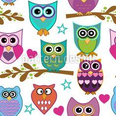 So süss! Die kleinen Eulen haben sich versammelt.  Supersüsses Design mit lustigen Eulen-Ornamenten auf Ästen, Sternen und Herzen.