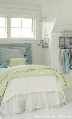 4ef08994d5f8 budget beachy headboard  Coastalbedrooms Όμορφα Υπνοδωμάτια