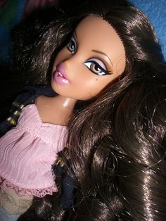 Bratz Basic Yasmin with Curls! Ooak Dolls, Barbie Dolls, As Told By Ginger, Bratz Doll Makeup, Brat Doll, Life Like Baby Dolls, Bratz Girls, Makeup Challenges, Guy