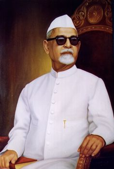 Dr. Zakir Hussain http://gloriousindia.in/people-of-india/presidents-of-india/zakir-hussain/