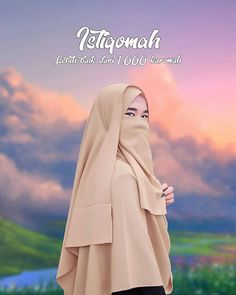 Motivasi Hidup Kartun Hijaber Muslimah Niqab Fashion, Hijab Cartoon, Muslim Quotes, Muslim Women, Islamic Art, Aurora Sleeping Beauty, My Arts, Romantic, Exo