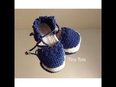 alpargatas tejidas a crochet - YouTube Baby Girl Sandals, Baby Girl Shoes, Baby Booties, Crochet Baby Clothes, Crochet Baby Shoes, Knit Crochet, Baby Vans, Baby Shoes Pattern, Baby Shoe Sizes