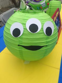 Toy Story Birthday Party Ideas For Boys Alien Do Toy Story, Fête Toy Story, Bolo Toy Story, Toy Story Room, Toy Story Baby, Toy Story Theme, Toy Story Cakes, Alien Party, 2 Birthday