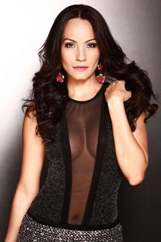 http://www.lanuevavozlatina.com/personajes/jessica-mas-debuta-en-television-argentina-en-taxxi-amores-cruzados