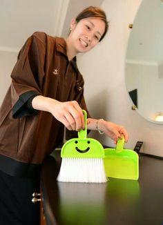 100yen cute cleaning tools  #daiso #100yen #shopping #japan #japankuru #tokyo #harajuku #osaka #shinsaibashi #cleaning #cute #yellowgreen