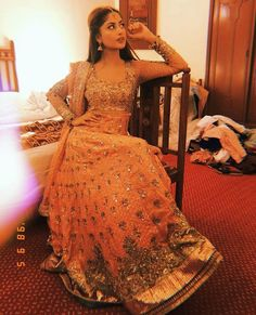 New Pictures of Awesome Sajal Aly Beautiful Pakistani Dresses, Indian Dresses, Pretty Outfits, Beautiful Outfits, Sajjal Ali, Pakistan Fashion, Hijab Chic, Pakistani Actress, Celebs