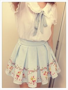 white blouse and icecream skirt Gyaru Fashion, Harajuku Fashion, Kawaii Fashion, Lolita Fashion, Cute Fashion, Asian Fashion, Fashion Outfits, Womens Fashion, Outfits Inspiration