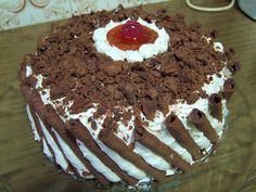 Greek Desserts, Greek Recipes, Black Forest Cake, Recipe Boards, Love Chocolate, Recipe Images, Easy Cake Recipes, Caramel, Cake Decorating