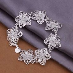 Sterling 925 Silver Bracelet925 Silver Fashion Jewelry Design Flower Bracelet SMTH317