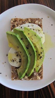 Healthy take to work snack! healthy snack idea: avocado & mozzarella on cracker or toast #healthy #hgeats