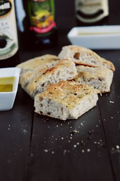If you need tasty bread, quick, this is the recipe for you! Simple Focaccia Bread