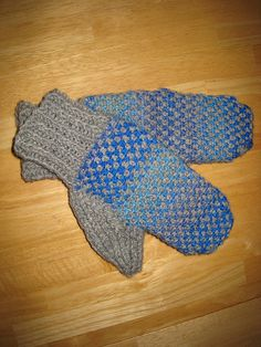 Ravelry: Mittens Interrupted pattern by Eunny Jang: Free Pattern!