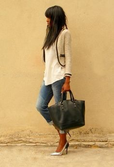 Silver pumps & BF jeans
