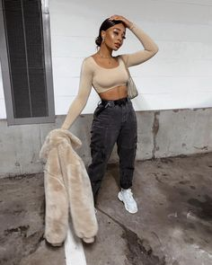 edgy college outfits Source by coravice Fashion outfits Chill Outfits, Dope Outfits, Cute Casual Outfits, Stylish Outfits, Fashion Outfits, Casual Attire, Casual Wear, Night Outfits, Grunge Outfits