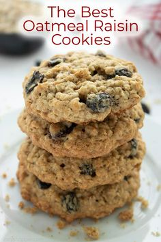 These are the Best Oatmeal Raisin Cookies because they are moist soft and chewy. You will find them to be perfectly flavored loaded with oats and plumped raisins. It's a traditional cookie recipe that is great for a Christmas or everyday dessert! Easy Oatmeal Raisin Cookies, Healthy Oatmeal Cookies, Oatmeal Cookie Recipes, Oat Cookie Recipe, Best Cookie Recipes, Biscuits Aux Raisins, Classic Christmas Cookie Recipe, Homemade Christmas, Christmas Recipes