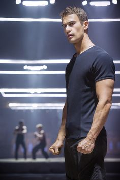 How Theo James got cast in Divergent
