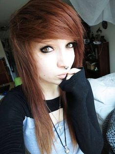 Discover 15 amazing emo hairstyles idea and embrace the idea to be the talk of the town. emo is a kind of hairstyle that choosing the wrong one can destroy your entire look, so be careful. All Hairstyles, My Hairstyle, Pretty Hairstyles, Wedding Hairstyles, Short Scene Hair, Emo Scene Hair, Scene Bangs, Hair Styles 2014, Long Hair Styles