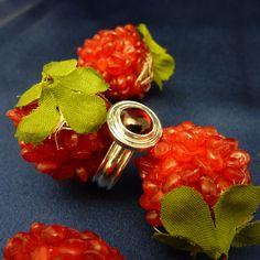 Garnet (cabachon cut) Sterling ring! www.devinejewellery.com
