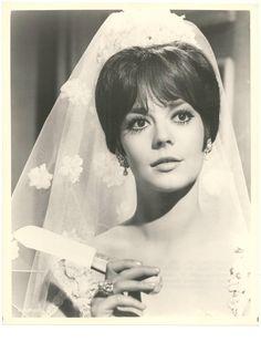 Natalie Wood in Penelope