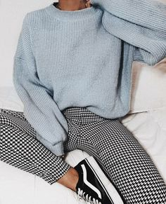 Gingham pants vans old soooo sneakers blue knit sweater cozy outfit vans outfit gingham pants outfit womens fashion february fashion outfits with sneakers for high school teenager outfits 20 outfits with vans Simple Outfits For School, Casual School Outfits, Trendy Outfits, Summer Outfits, Winter School Outfits, Cold Weather Outfits For School, Simple Casual Outfits, Shoes For School, Insta Outfits