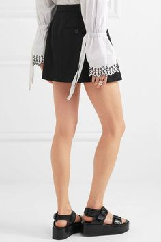 Alexander McQueen - Leaf Crepe Shorts - Black - IT