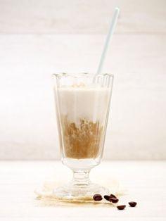 Alles, was du am Morgen brauchst, ist jetzt in nur einem Glas vereint. Kaffee-Smoothie nennt sich das neue Frühstücksgetränk, das die Morgenmahlzeit ersetzen kann.