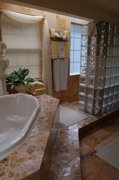 Glass Block Shower - no door necessary Hall Bathroom, Bathroom Renos, Bathroom Interior, Shower Remodel, Bath Remodel, Glass Block Shower, Glass Blocks, Shower Doors, Beautiful Bathrooms