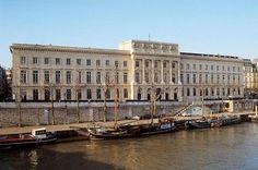 Musee de la Monnaie,  Paris