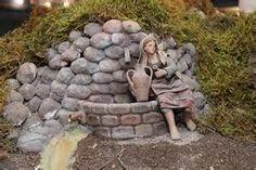 Resultados de la búsqueda de imágenes: Belenes+puentes - Yahoo Search Christmas Makes, Merry Christmas And Happy New Year, Diorama Kids, Fake Trees, Christmas Crafts, Christmas Decorations, Christmas Villages, Fun Crafts, Nativity