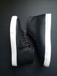 Check this out at Amazon.com Zara Men's Black Minimal High Tops Sneakers https://www.amazon.com/dp/B073VR5TYB/ref=cm_sw_r_other_apa_TQRQzbQ11S37T