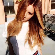 Brown is beautiful, too! Wie findet Ihr den Look von Sängerin und Schauspielerin @ashleytisdale – gezaubert von #OLAPLEX Botschafter @colorbychadkenyon?