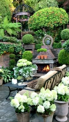 Garden Yard Ideas, Backyard Patio Designs, Front Yard Landscaping, Lawn And Garden, Garden Projects, Backyard Ideas, Summer Garden, Small Backyard Design, Small Backyard Pools